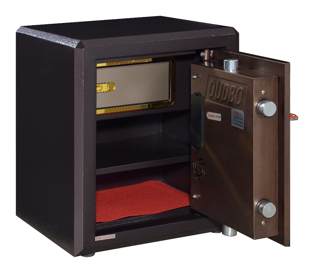 heavy pistol safe pictured here looks like the real deal